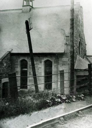 This image shows the proximity of the railway to the chapel itself | Image from the collections of the Newcastle upon Tyne District Archives