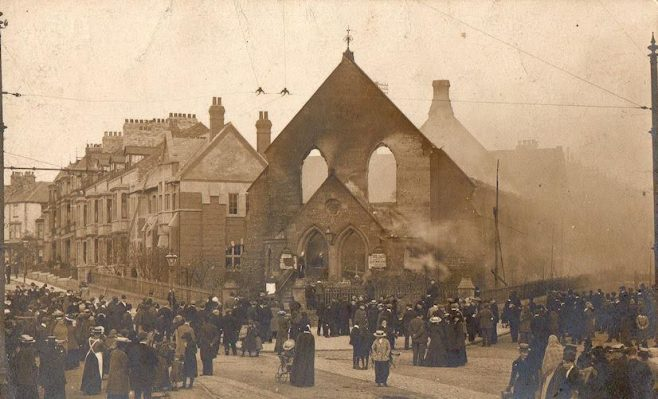 Remains of the church on the morning following the fire in 1903 | Image from the collections of the Newcastle upon Tyne District Archives